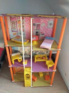 Maison Barbie 7825 vintage avec mobilier et boite Mattel