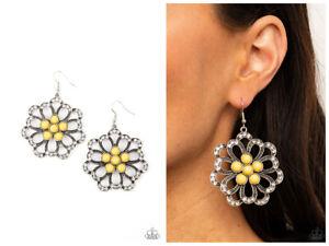 NWT! Paparazzi ~ Dazzling Dewdrops ~ Yellow Earrings