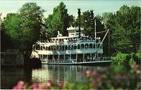 USA - Disneyland - Steaming through the wilderness