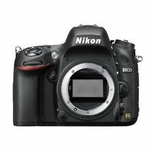 Near Mint! Nikon D600 24.3 MP FX-Format Digital SLR Body - 1 year warranty