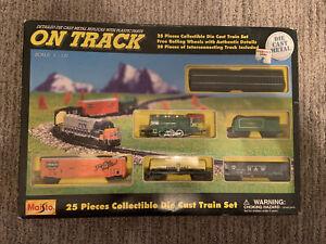 "MAISTO ""ON TRACK""   25 PCS DIE CAST TRAIN SET  SCALE 1:131  NIB 1999   #12144"