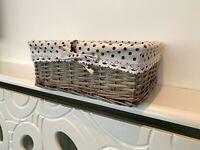 Large Grey White Hamper Basket Gift Storage Rattan Wicker With Lining Bathroom