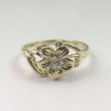 10k Yellow Gold Women's Flower Shape Diamond Ring