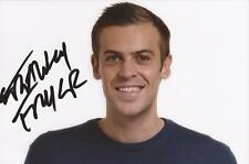 SOCCER AM: ADAM SMITH 'FRANKY FRYER' SIGNED 6x4 PORTRAIT PHOTO+COA