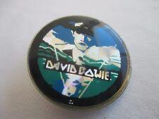 T3 - RARE BADGE BUTTON PIN - DAVID BOWIE 80'S PRISMATIQUE