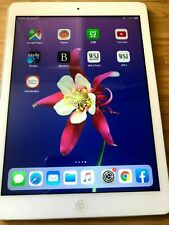Apple iPad Air 32GB, Wi-Fi, 9.7in - Silver Good Condition