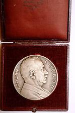 Medaille Adolphe Cheron en boite U.S.E.P.P.M signee Jean Vernon