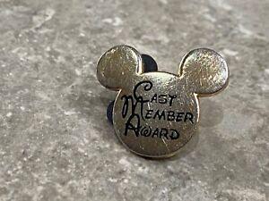 DISNEY STORE UK CAST MEMBER AWARD PIN  MICKEY HEAD