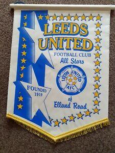 Leeds United Vintage Pennant  Size 40x29cm