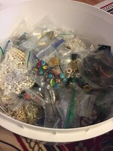Vintage Jewelry Junk Lot 10