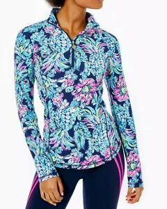 Luxletic Justine Pullover High Tide Navy Pineapple Paradise