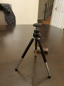 Mini Desktop Tripod Universal Rotating Stand for Digital Camera Phone Projector