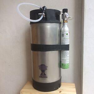 AEB Corny Cornelius Keg 19L refurbished ball lock party tap sodastream regulator
