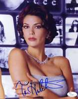TERI HATCHER Hand Signed JSA COA 8X10 Photo Autographed Authentic