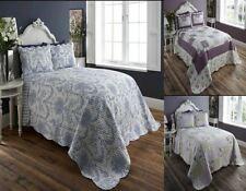 Édredons et couvre-lits traditionnels pour chambre