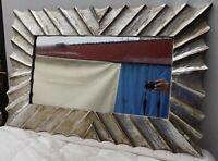 """Specchio in legno intarsiato a """"onde""""  cm 90x60 disp. bianco argento"""