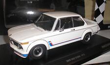 BMW 2002 Turbo weiß 1973 in 1:18 von Minichamps