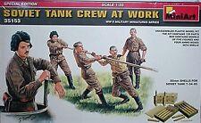 Miniart 1/35 Soviet Ww2 Tank crew at work, 5 Figures 35153