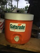 Vintage Original Old Logo GATORADE 1 GALLON COOLER BY RUBBERMAID