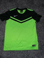 Used kids Nike football top 10-12 years