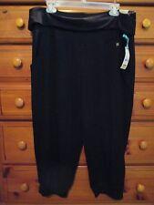 Womens LIVI ACTIVE Black Stretch Knit Work Out Capris Crop Pants Sz 14-16 NwTags