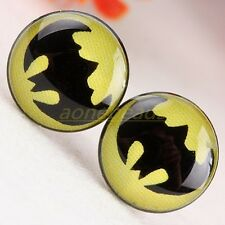 A PAIR OF MENS MANS BATMAN THEMED STUD EARRINGS. NEW.