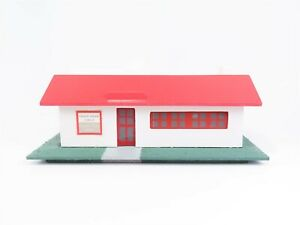 "HO 1/87 Scale Sacramento Valley American Flyer Club ""The Clubhouse"" Building"