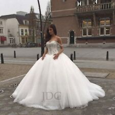 Prinzessin Carmenauschnitt Brautkleid Ballkleid Tüllrock Kristallen Schnürung