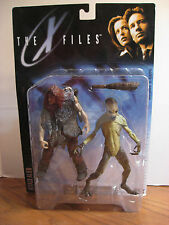 McFarlane Toys - The X-Files - Attack Alien Action Figures - 1998
