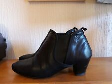 REPETTO Black Leather Ankle Boots Size 38