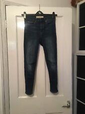 Gap Size 25R 25w True Skinny Super High Rise Crop Blue Jeans.  (e6)