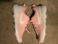 Nike Golf Shoes Youth Size 7y Roshe G JR 2017 SPORT PINK & WHITE 909250-601