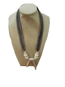 Twine and Twig Antler Double Tip Necklace