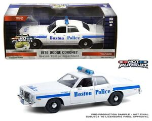HOT PURSUIT DODGE CORONET or FORD CROWN Police car 1:24 GREENLIGHT 85521 85523