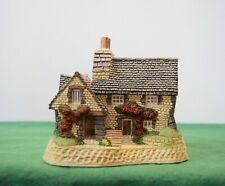 """David Winter - Scottish Collection """"The Gillie's Cottage"""" Mint in box with Coa."""