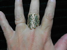 Paparazzi StretchBand Ring (new) BRASS W/LOTS OF LITTLE OVALS CONNECTED