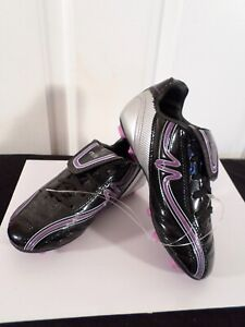 Mitre Soccer Cleats Size 3.5 Youth  Black-Purple
