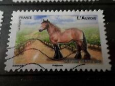 FRANCE 2013 timbre  AUTOADHESIF 823 CHEVAL AUXOIS HORSE oblitéré VF STAMP