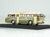 Scale model bus 1:72, IKARUS 66 1955 Beige / Green