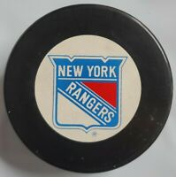 1993-1994 NEW YORK RANGERS STANLEY CUP CHAMPIONS OFFICIAL HOCKEY PUCK