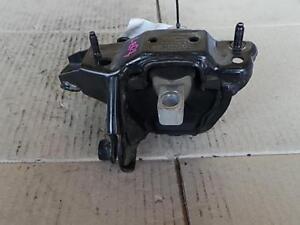 VOLKSWAGEN POLO LEFT ENGINE MOUNT 11/05-04/10
