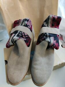 Toms Size 6 Women's Boots