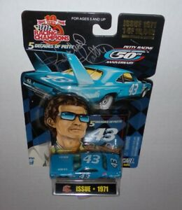 RACING CHAMPIONS RICHARD PETTY 50th ANN.  VINTAGE 1/64 SIGNED DIECAST MIP