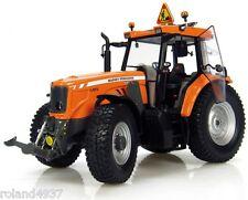 Massey Ferguson 6465 Industrial Tractor 1:32 Die-Cast Universal Hobbies UH2938