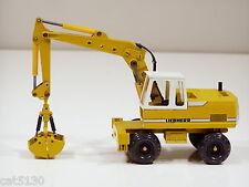 Liebherr 912 Wheel Excavator w/ Clam - 1/50 - Conrad #2822 - N.Mint