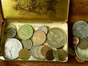 Dachbodenfund / Scheunenfund, alte Blechdose mit alten Münzen, Orden ect.