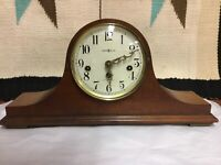ANTIQUE HOWARD MILLER 1930'S MANTLE WESTMINSTER CHIME WIND UP
