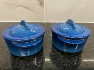 La Midinette de Staub Two Blue Enameled Cast Iron individual Cocottes with Lids