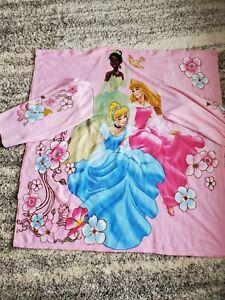Disney Princesses Snuggie Pink Fleece Blanket Throw With Long Sleeves