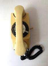 Teléfono Antiguo de Pared Safnat Rueda Retro de Baquelita beige año 1976 Milano